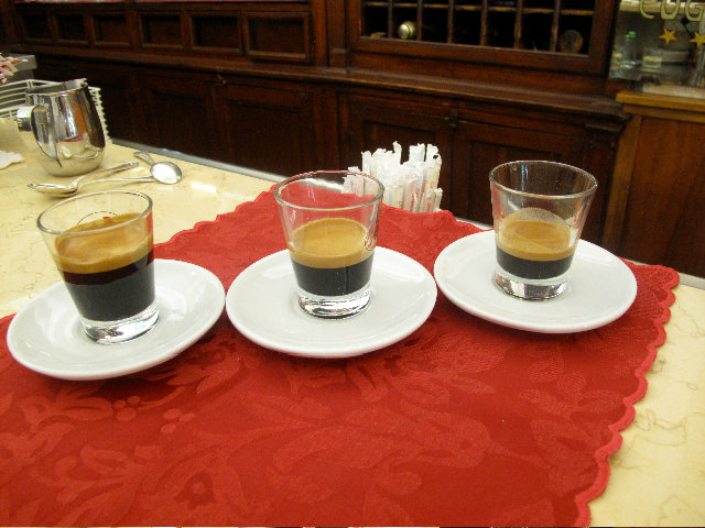 Caffe ristretto lungo
