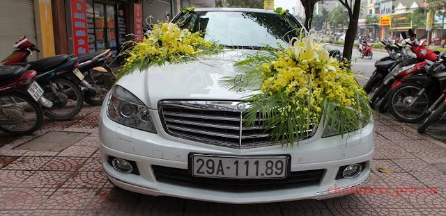 Cho thuê xe cưới Mercedes C250 tại Hà Nội