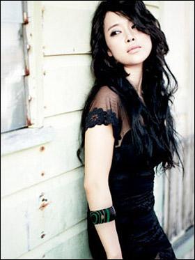 "Baek Ji Young / Baek Zyoung >> Single ""Still in Love""  Baek+Ji+Young"