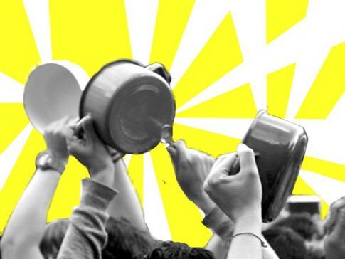 Democracia das panelas: o livre direito à manifestação.