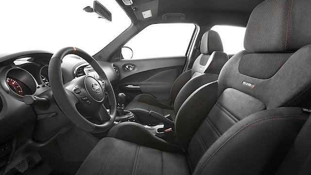 2013 Nissan Juke NISMO interior
