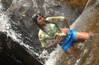 marumugam-heroine-hot-Pictures-007.jpg