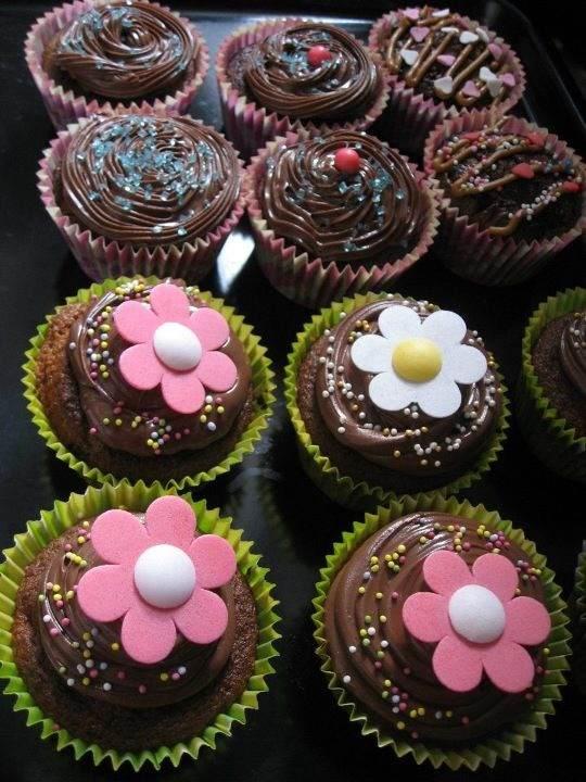 un jour votre histoire la gourmandise du jour kawai cupcakes. Black Bedroom Furniture Sets. Home Design Ideas