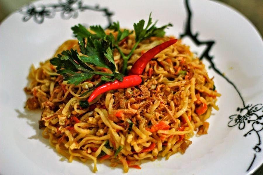 Berbagi Tips Resep masakan kuliner indonesia dan asia, Resep mudah membuat dan menyajikan Mie Goreng Jawa pedas Spesial,  bagi pecinta kuliner membuat makanan kuliner lezat dengan sendiri, bahan - bahan makanan tradisional beserta resepnya.