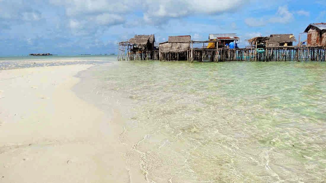 Omapuy Island, Sitangkai, Tawi-Tawi