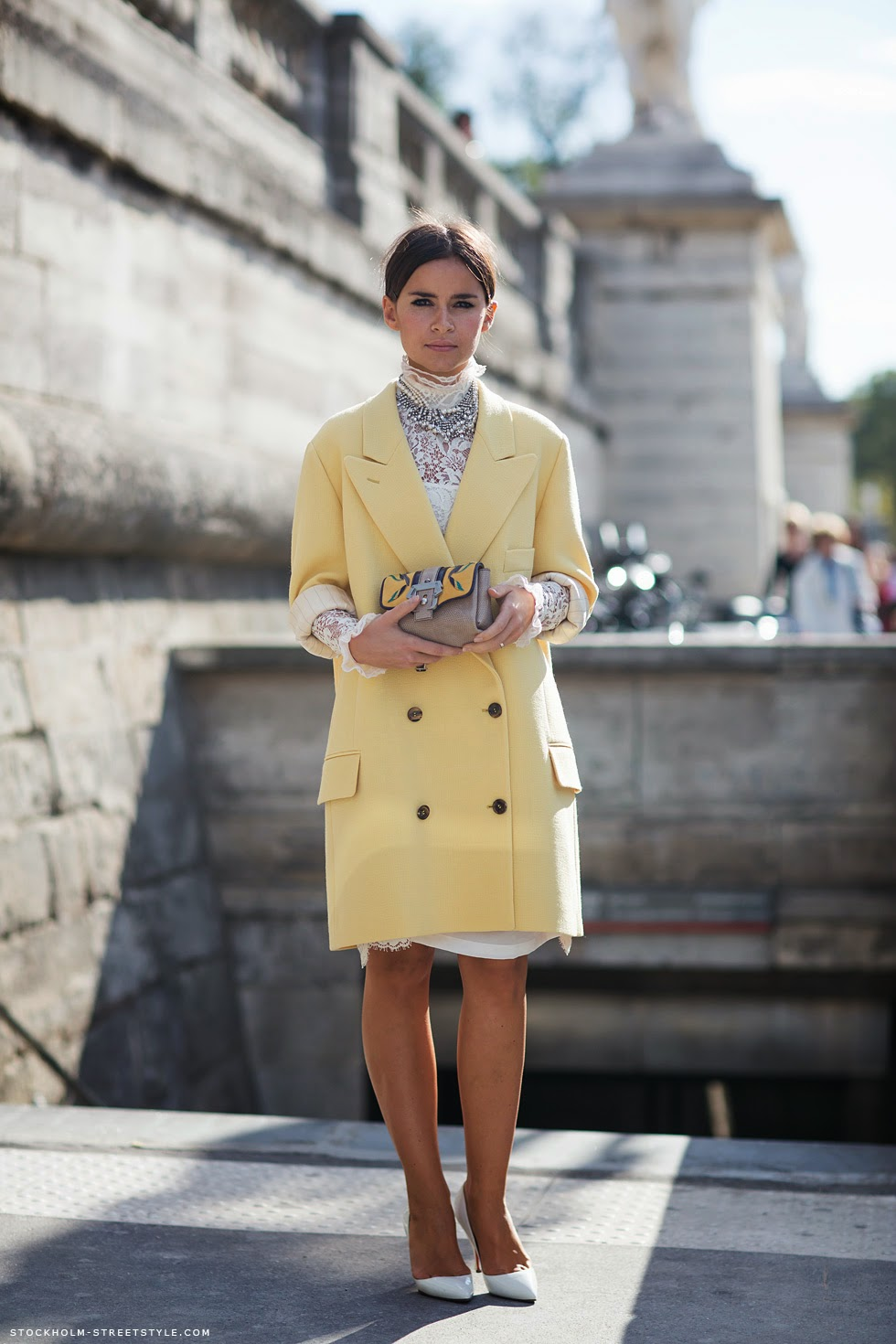 citrus yellow coat, pastel yellow coat, delicate coat, paris fashion week, mira duma, miroslava duma, miroslava duma yellow coat, street style, colorful winter coat