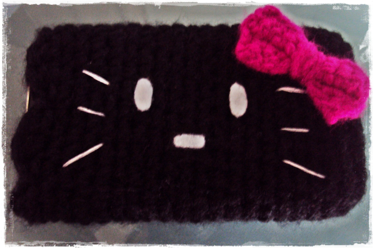 Damn it janet lets crochet!: hello kitty iphone cozy