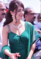Shruti Hassan Cleavage