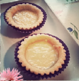 http://resepkue2014.blogspot.com/2014/09/rese-kue-pie-keju-gurih.html