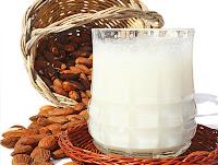 Mandel - Milch