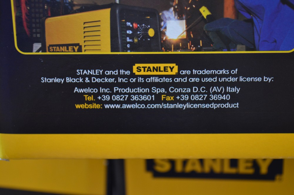 pantalla STANLEY electronica