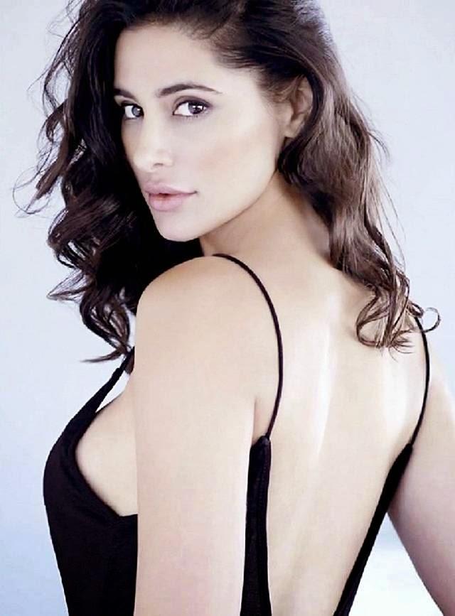 Nargis Fakhri Hot Photoshoot for Maxim September 2014