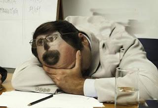Ngủ say vì đời quá... cay
