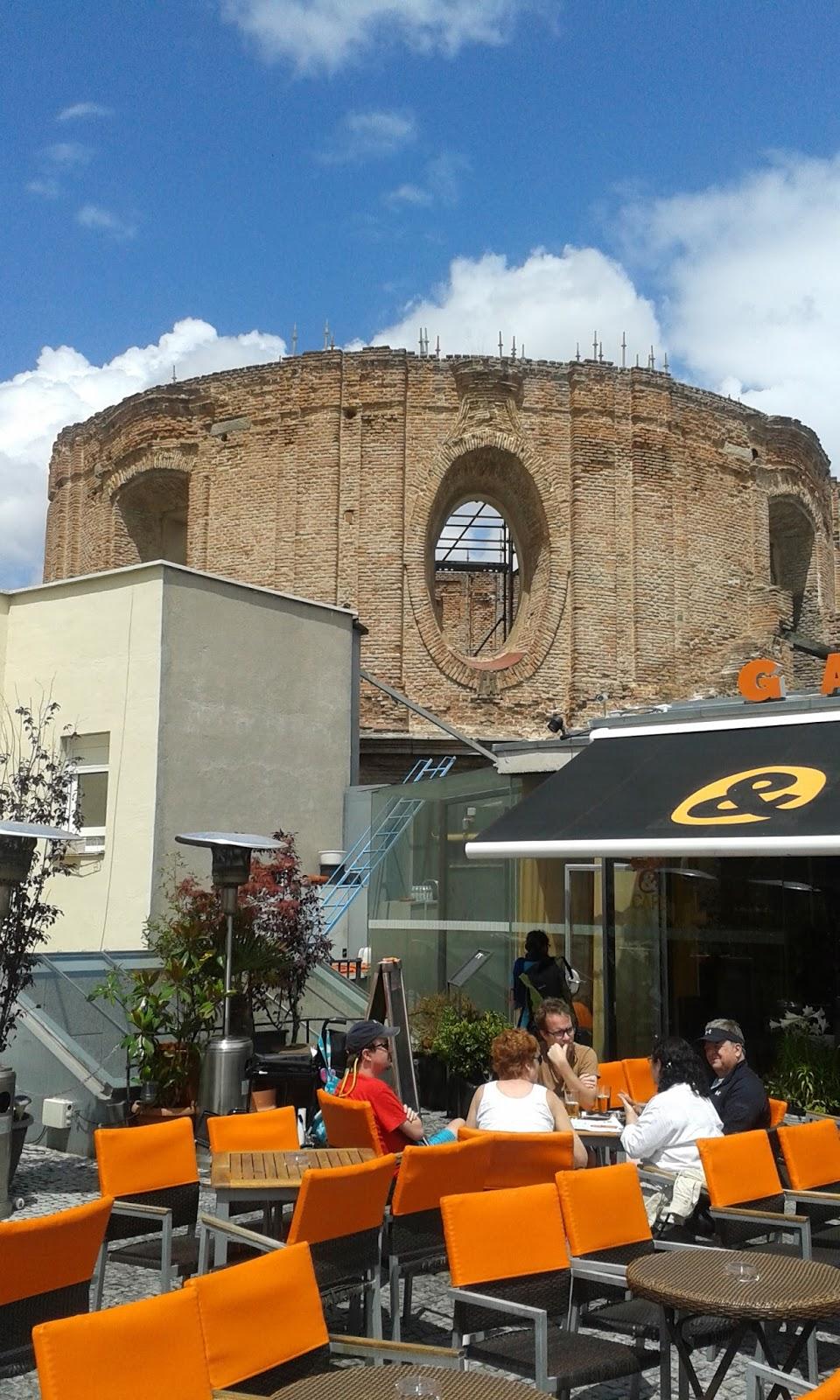 Madrid con encanto edificio escuelas p as en lavapi s for Escuelas pias madrid