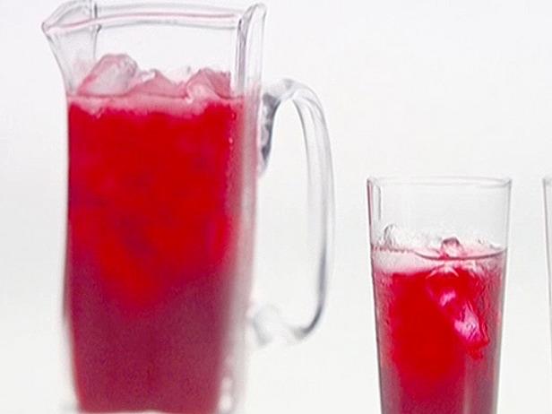 Hibiscus Tea with Vodka and Citrus