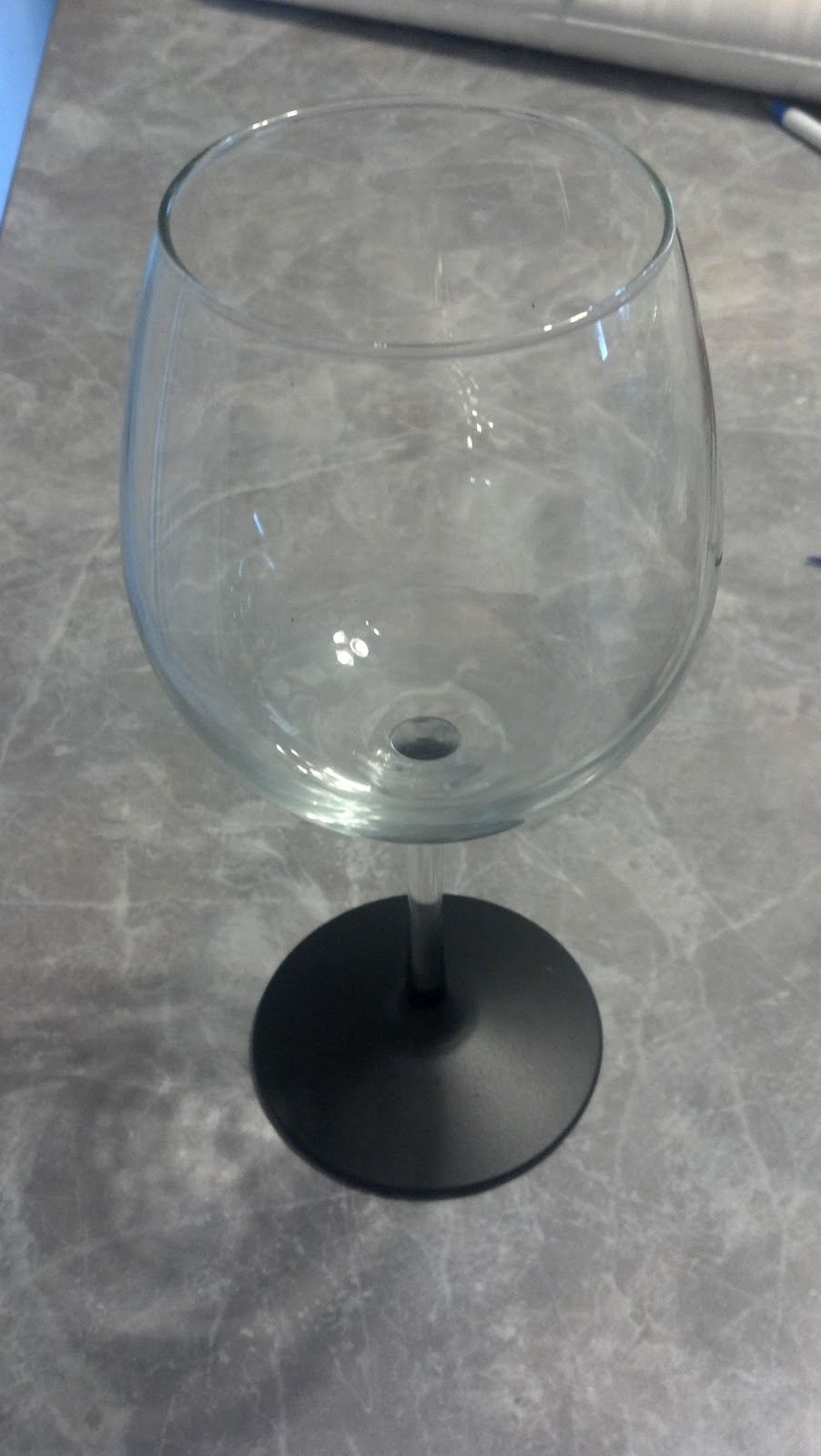 Up north in bear country chalkboard paint wine glasses for Wine glass painting tutorial