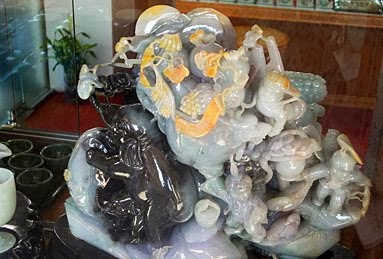 Sell a jade sculpture