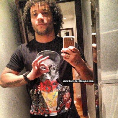 fotos de marcelo el jugador del real madrid con una camiseta de lil wayne