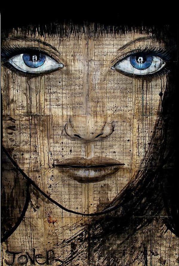Mujer de ojos azules tinta china