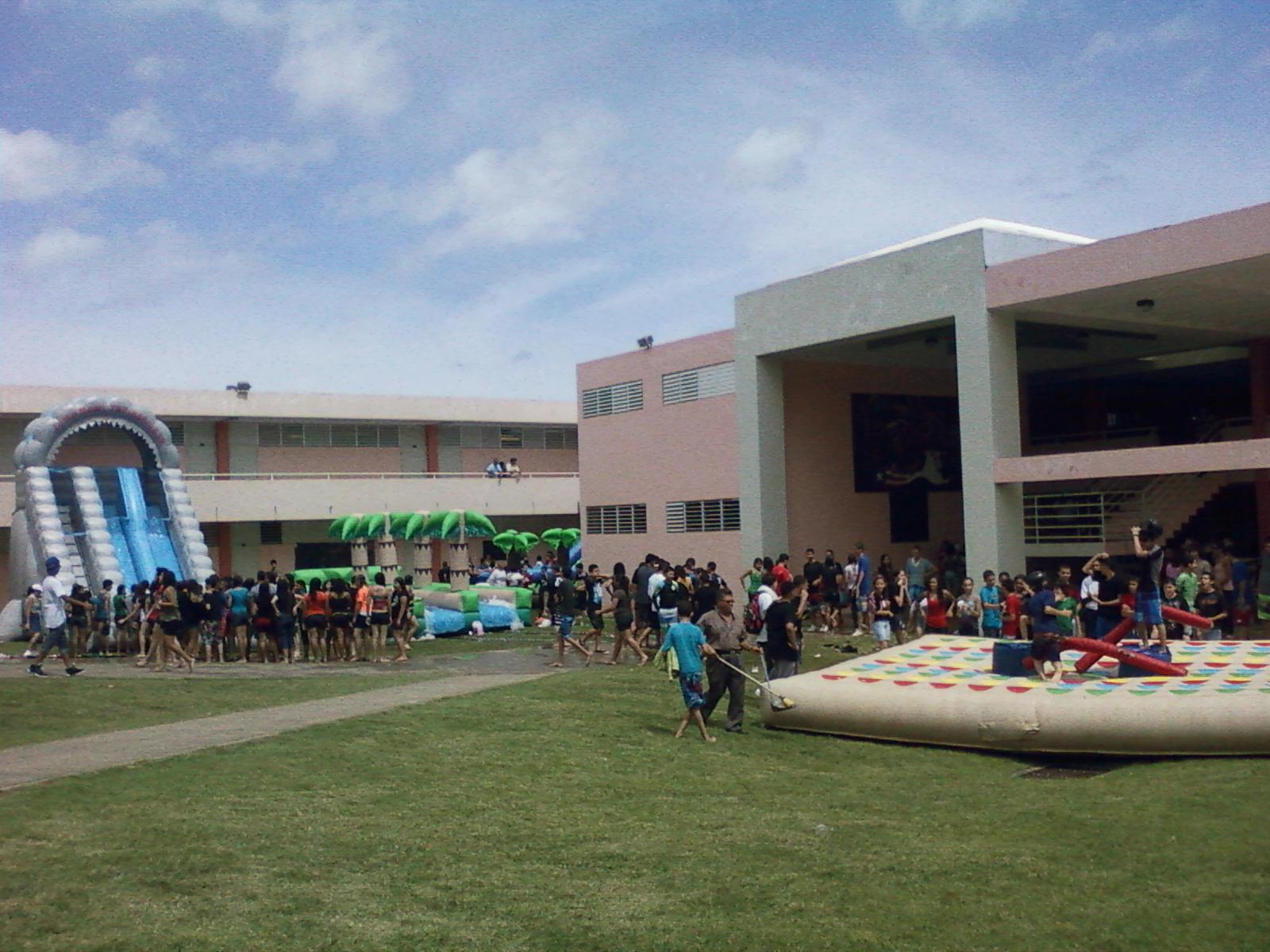 Escuela intermedia profa juana rosario aguada puerto rico mayo 2012 - Jm puerto del rosario ...