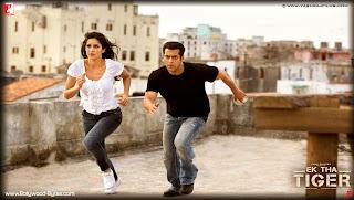 Katrina Kaif and Salman Khan running  HD Wallpaper from Ek Tha Tiger