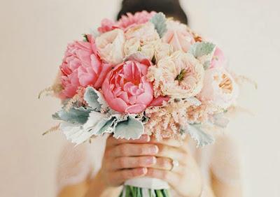 Ramos de novia naturales y artificiales… ¿cuál elegís vos?