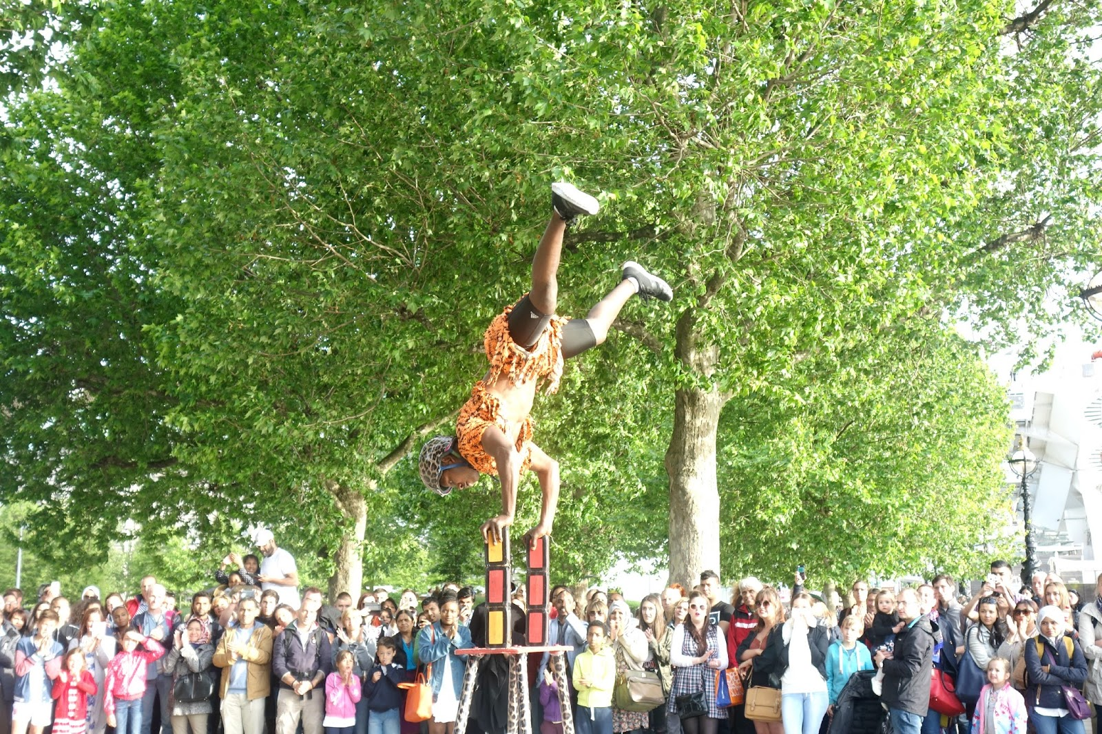 street performances in london