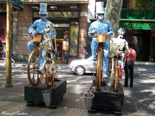 Barcellona, Rambla, artisti di strada