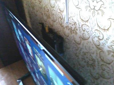 Телевизор и wi-fi точка доступа
