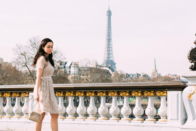 coco and vera, top paris fashion blog, iheartparis.fr photography, street style, eiffel tower, pont alexandre III, needle and thread dress, paris fashion week