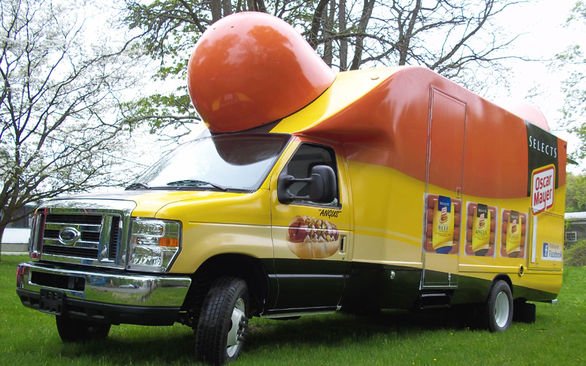 Twinklergirl in addition Wienermobile Food Truck additionally Hot Dog additionally Page 2 likewise 1285505 Hot Dog Wienerfleet. on funny oscar mayer wienermobile
