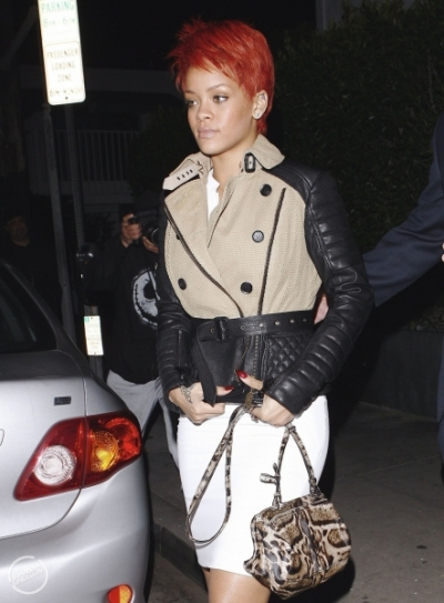 Rihanna - Givenchy Mini Pandora Messenger