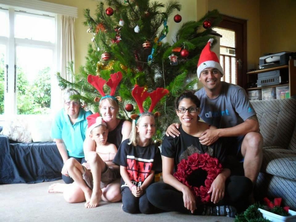 Foto en torno al árbol de navidad en nueva zelanda | Bitácoras Viajeras