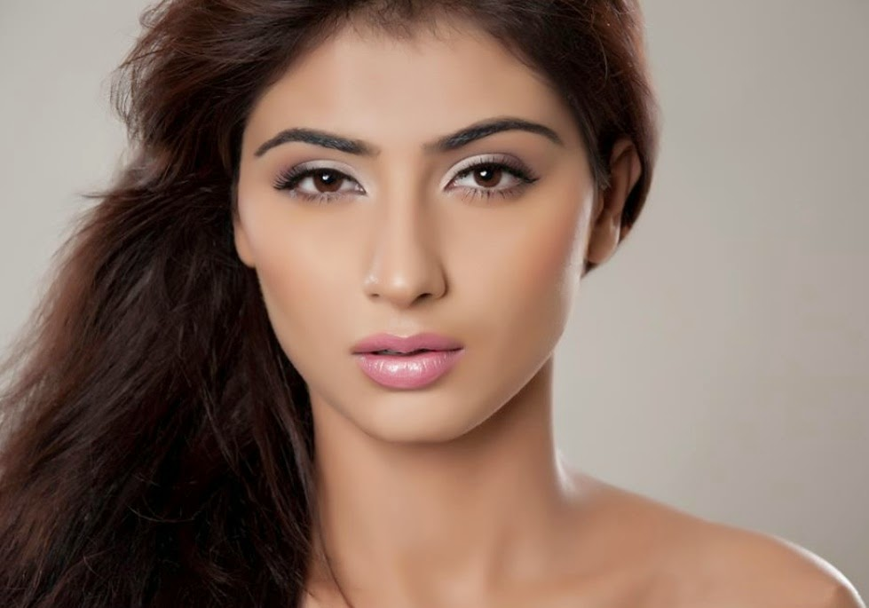 Nikita Sharma HD Wallpapers Free Download