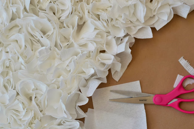 Mommy Testers Easy DIY cupcake costume, Make a costume with toilet paper, toilet paper costume, DIY Cupcake costume, Cottonelle Costume, #CottonelleTarget