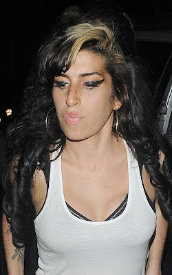 Amy Winehouse Album delayed
