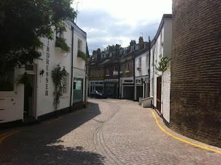 Drayson Mews, London W8