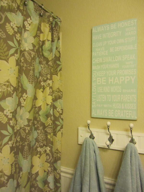 Girls Thrifty Bathroom Makeover title=