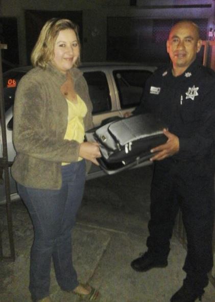Policía de Naucalpan regresa Laptop