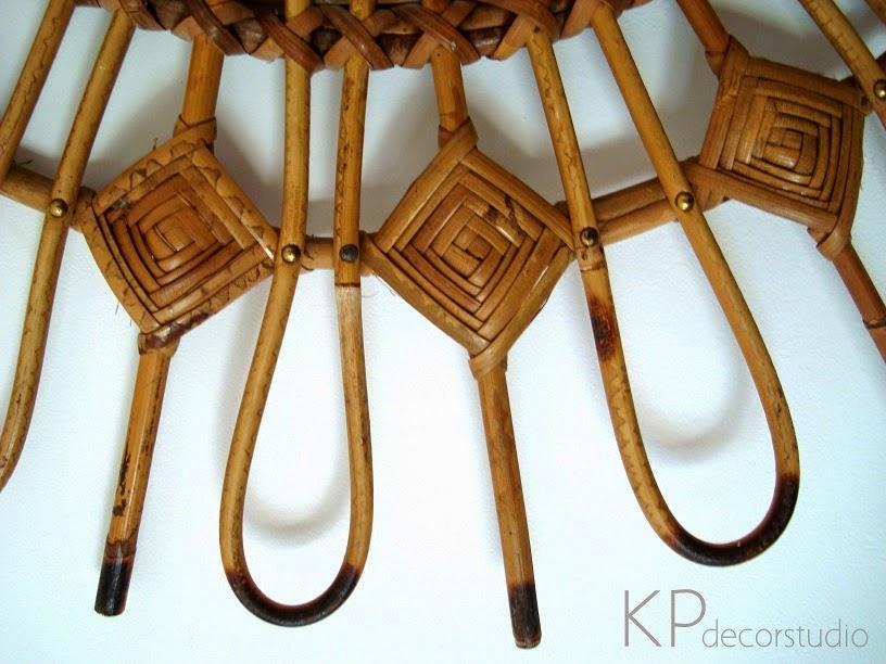 Espejos de médula y caña de bambú antiguos.