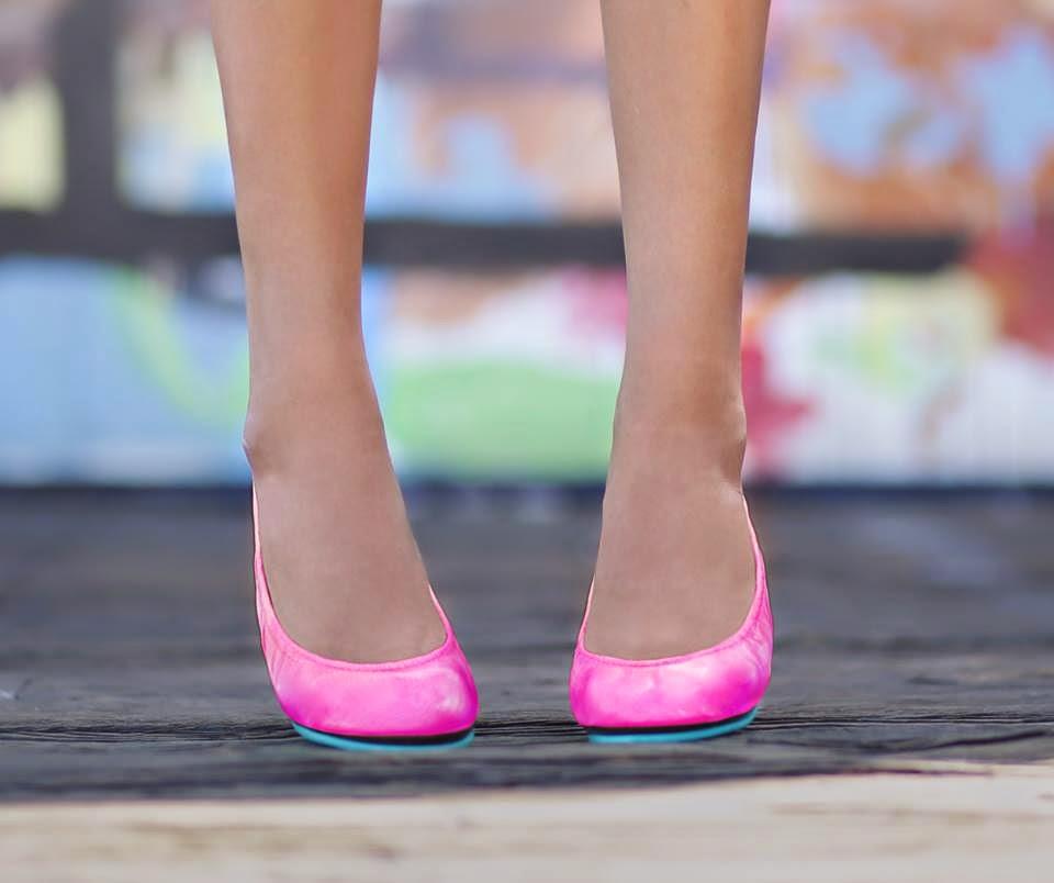 Pop Pink Tieks