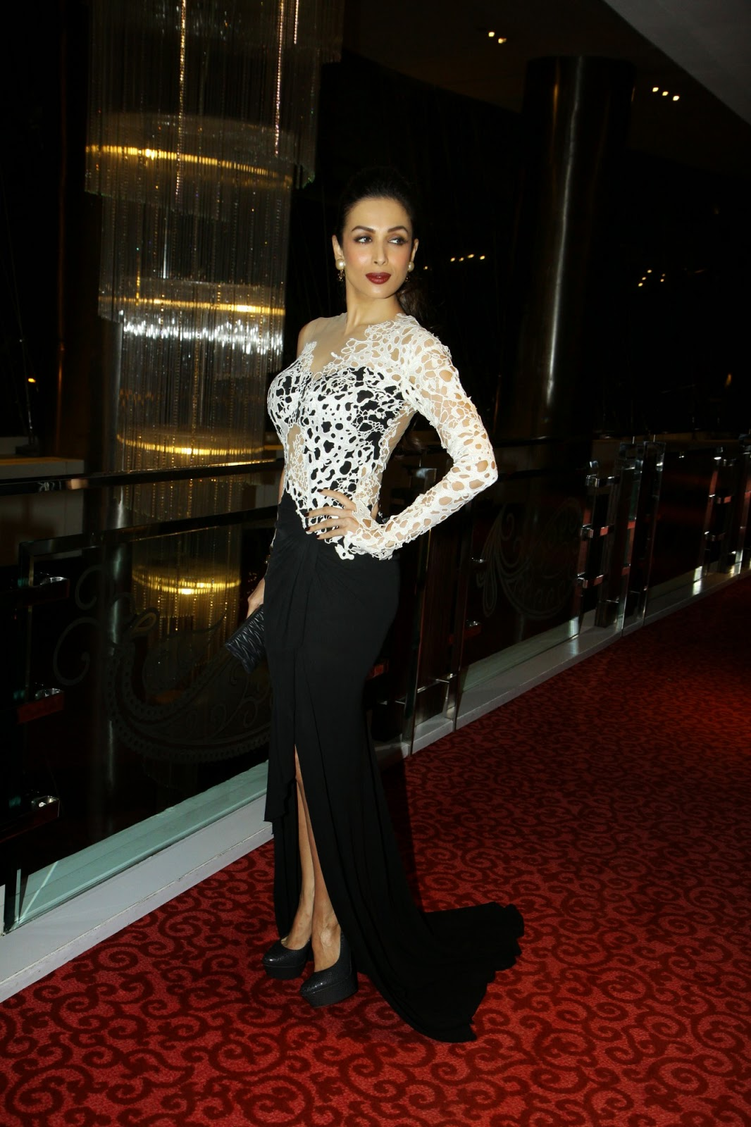 Sizzling Malaika Arora graces 'Kama Sutra Miss Maxim 2015' contest finally