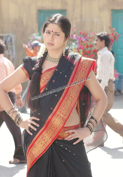 You actress sangeetha hot in saree