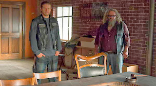 "Jax and Bobby at the new Clubhouse in Sons of Anarchy, ""Sweet and Vaded"""