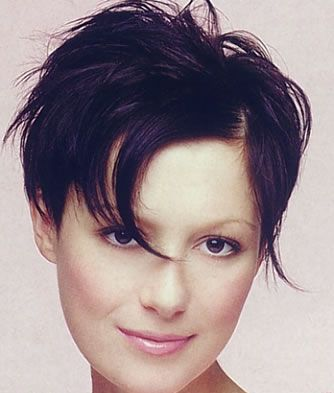 http://2.bp.blogspot.com/-H4B6j37gzFQ/TfhYfFw2gJI/AAAAAAAAABI/Bl2ZBVH0BKU/s1600/pixie-edgy-short-hairstyles.jpg