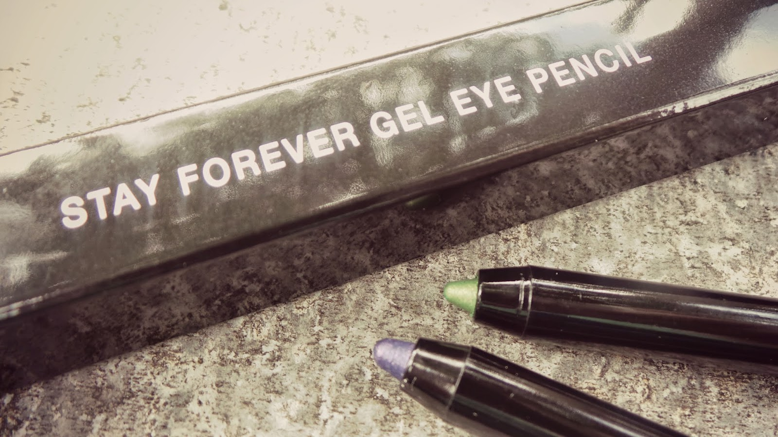 coloured eye liners