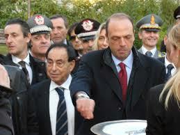 CON IL MINISTRO DELL'INTERNO ANGELINO ALFANO GIA' MINISTRO DELLA GIUSTIZIA