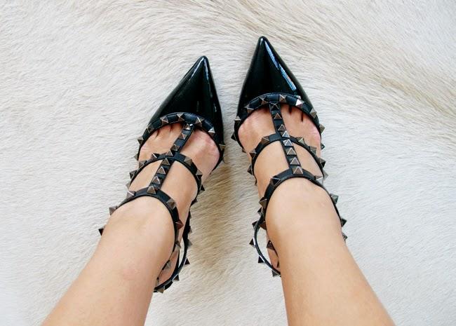Zapatos negros de noche