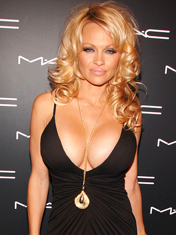 icufunny who s the best cleavage united states vs italy
