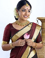 Nithya, menon, latest, saree, stills